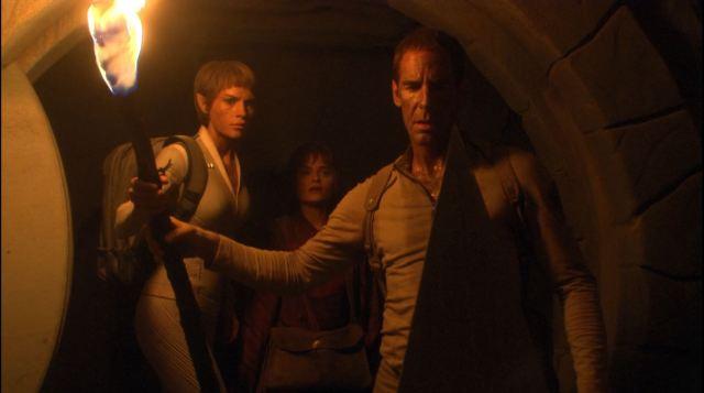 Enterprise-season-4-Blu-ray-review-Scott-Bakula-as-Jonathan-Archer-and-Jolene-Blalock-as-TPol-on-Vulcan